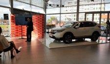 HONDA Srbija predstavila svoj prvi hibridni model CR-V i najavila decembarsku akciju