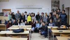 """Bezbednost na prvom mestu - """"Reno"""" nagradio učenike 14. beogradske gimnazije"""