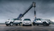 Land Rover Defender je automobil godine Top Gear