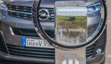 """Opelov direktor Lošeler primio je nagradu """"Međunardni Kombi godine"""" za novi Opel Vivaro-e"""